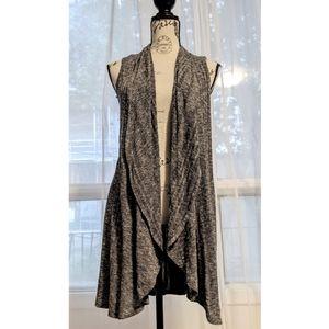 Sinuous USA Ribbed Knit Sleeveless Cardigan
